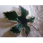 GUILLOCHE EMERALD GREEN Leaf Pin Vintage/Retro Gorgeous