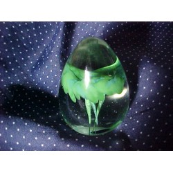 KERRY Glass Handmade IRELAND Pointy EGG Paper Weight