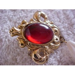 Vintage ~ Red Jell Cab with Teardrop Dangle Brooch/Pin SALE .99¢