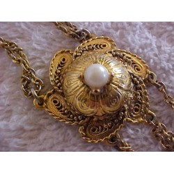 Vintage Unique Faux Pearl Necklace SALE .99¢