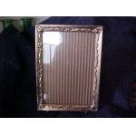 "Vintage Brass Dresser Top Picture Frame ~ Holds 6"" x 4"" Photo SALE $2.99"